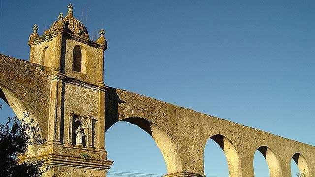 aquaduct evora