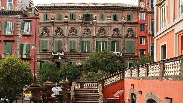 piazza bellini (2)