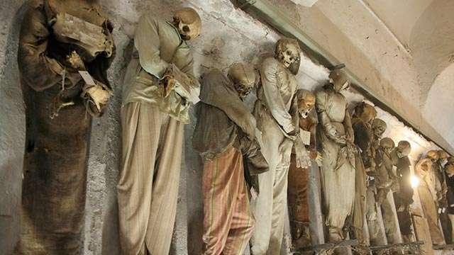 catacombs (2)