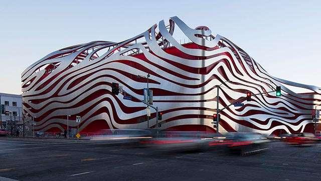 Los Angeles petersen auto museum