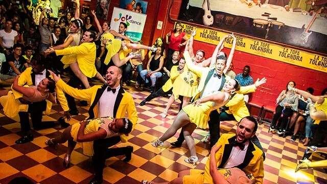 La Topa Tolondra Nightclub