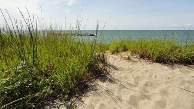 Presque_Isle_Beach_Erie_1 (640x480)