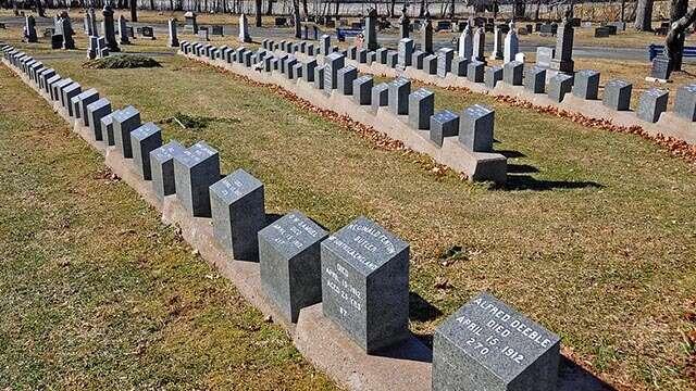 titanic burial ground