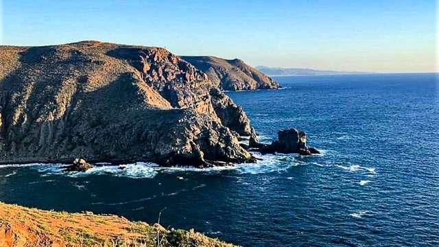 Hiking Punta Lobos