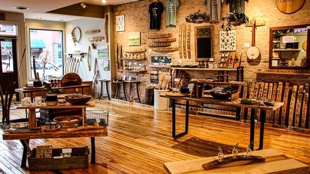 Staving Artist Woodwork