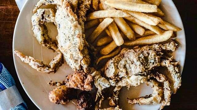 Softshell Crab - Hudson's Seafood House