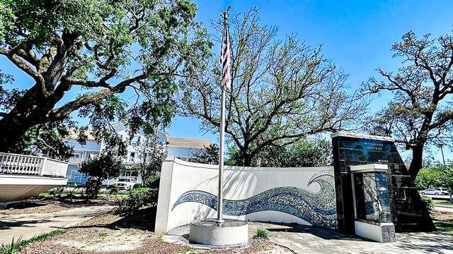 Hurricane Katrina Memorial - Biloxi
