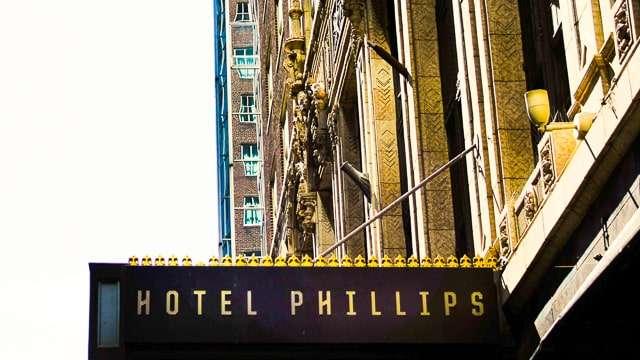 Hotel Phillips - Hotel in Kansas CIty