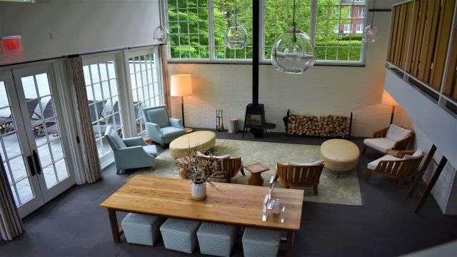 Woodstock Spa Lounge Room