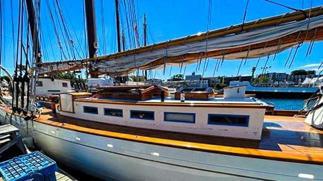 Sail the Coast on a Windjammer Cruise