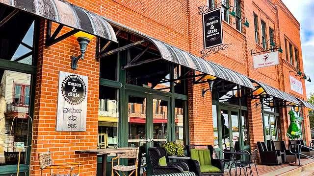 Mason & Dixie Restaurant - Grapevine