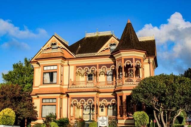 Gingerbread Mansion - Ferndale CA