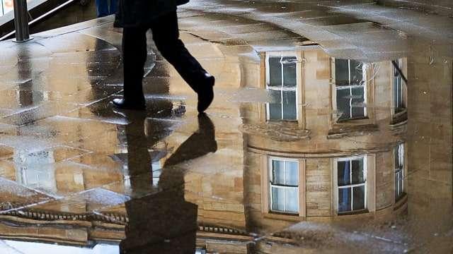 Glasgow Walking in the Rain