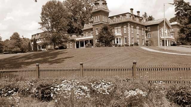 Oneida Mansion Community House